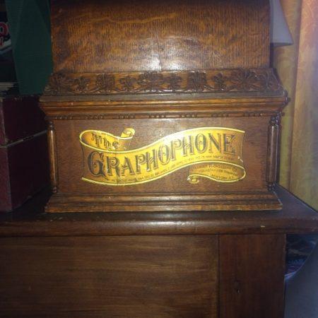 Image d'un graphophone datant de fin XIXème siècle.
